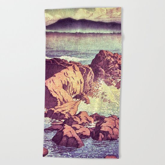 Stopping by the Shore at Uke Beach Towel