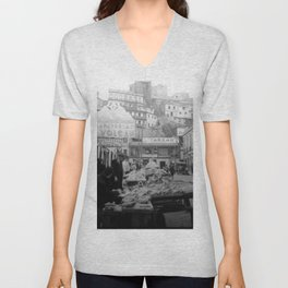 """Valparaiso Chile: Waterfront district showing """"ascensors"""" up to top of bluff. June, 1941. Unisex V-Neck"""