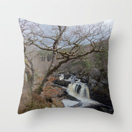 Rogie Falls, Near Inverness, Scotland - Scottish Landscape Throw Pillow