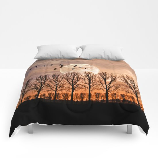 Night of the wild geese Comforters