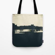 Silhouette des Dresdener Elbufers Tote Bag