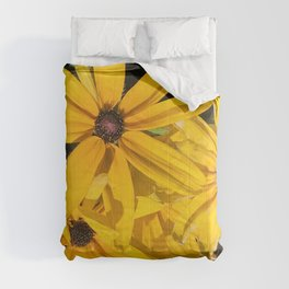 Imperfect Perfection! Yellow Daisies Cuddling Together Comforters