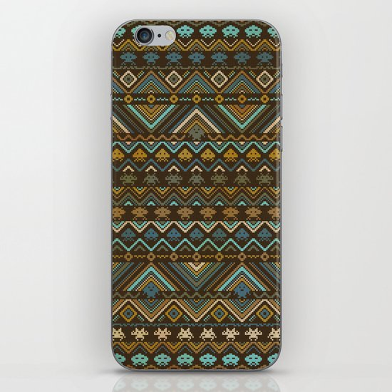 indians versus aliens iPhone & iPod Skin