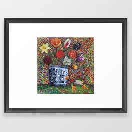 Chinese vase and frog Framed Art Print
