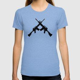 Crossed Guns M4 Carbines T-shirt