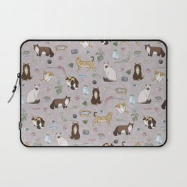 Cute Realistic Cats Design- Brown & White Kitty Pattern 1 Laptop Sleeve