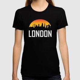 Sunset Skyline of London England T-shirt