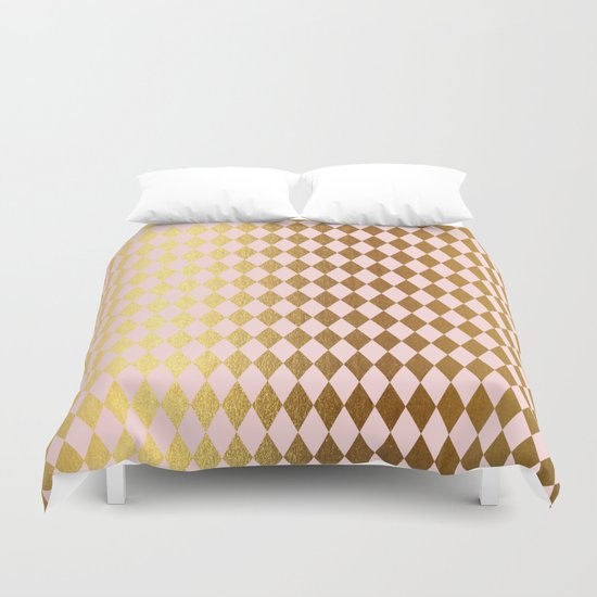 Royal gold on pink backround - Luxury geometrical pattern Duvet Cover