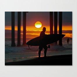Huntington Beach Pier / Surfer Sunset Canvas Print