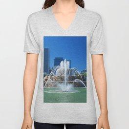 Buckingham fountain Unisex V-Neck