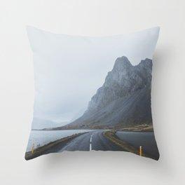 Þjóðvegur, Iceland Throw Pillow