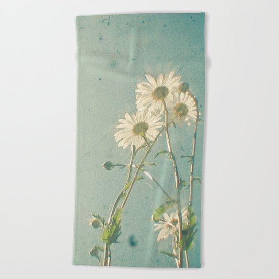 The Daisy Family Beach Towel