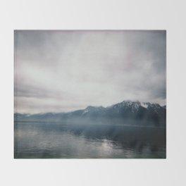 Brume sur Montreux Throw Blanket