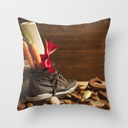 Shoe with carrots, for traditional Dutch holiday 'Sinterklaas' Throw Pillow