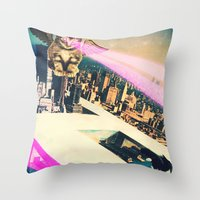 kill la kill Throw Pillows featuring Kill! Kill! by LA CRISE