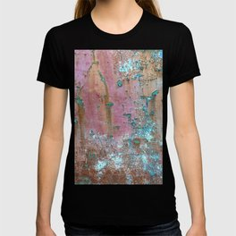 Abstract turquoise flowers on colorful rusty background T-shirt