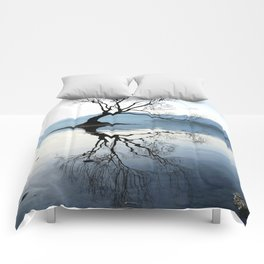 The Wanaka Tree, South Island, New Zealand Comforters