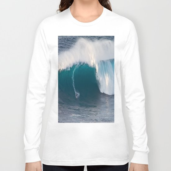 "Surfing ""Jaws"" (Pe'ahi) Long Sleeve T-shirt"
