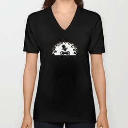 Chariot - king & Looters Unisex V-Neck