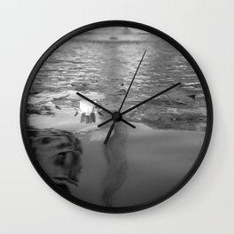 flor medio formato Wall Clock