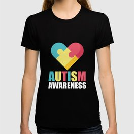 Autism Awareness Colorful Heart print Gift for Mom T-shirt