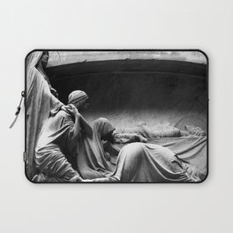 Closer - Joy Division Laptop Sleeve