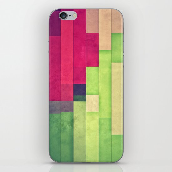 xprynng lyyns iPhone & iPod Skin