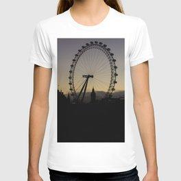 London Eye Sunset. T-shirt
