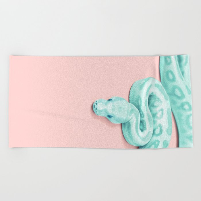 GREEN SNAKE Beach Towel