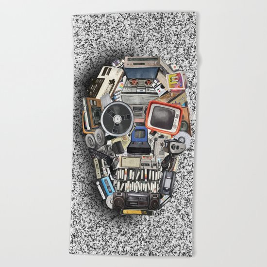 retro tech skull 5 Beach Towel