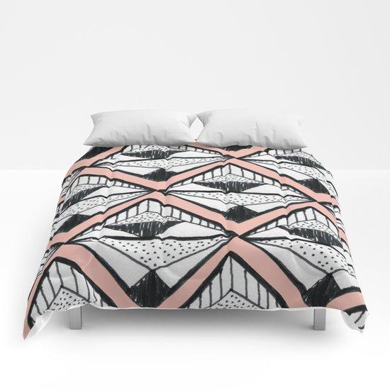 Pattern w2 Comforters