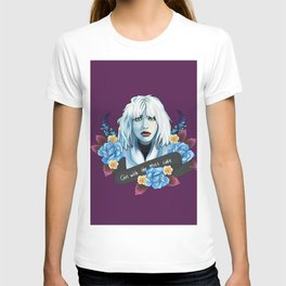 Courtney Love is the girl with the cake T-shirt