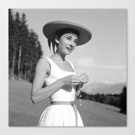 Audrey Hepburn auf dem Burgenstock 11 Canvas Print