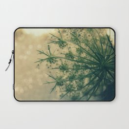 Queen anne's lace 01 Laptop Sleeve