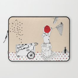 Catch more flies with honey... Laptop Sleeve