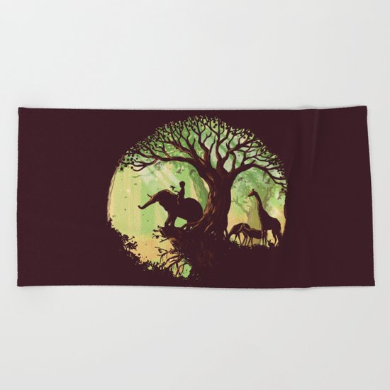 The jungle says hello Beach Towel