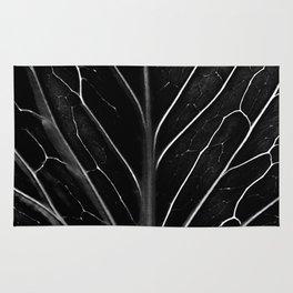 The black leaf Rug