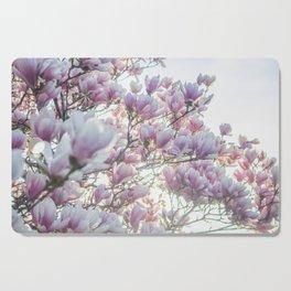 Magnólias rosa florescendo na primavera!! Cutting Board