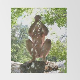 3116-KJ Water of Life Feminine Power Bathing in Nature Pure Water Throw Blanket