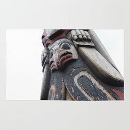 Totem pole Seattle Rug