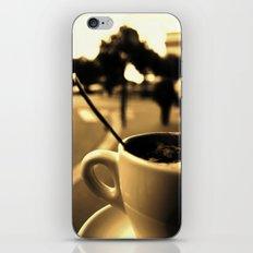 Mon Paris - Un café à Paris iPhone & iPod Skin