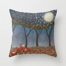 sleepy foxes Throw Pillow