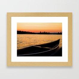 Canoë Framed Art Print