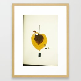 zkonqu a creative body Framed Art Print