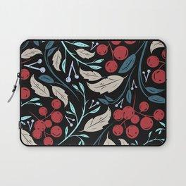 Holiday Holly and Mistletoe Pattern Laptop Sleeve
