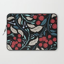 Holiday Holly and Mistletoe Pattern Laptop Sleeve