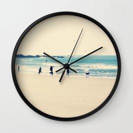 beach sunday I Wall Clock