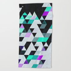 Xyan Tryp Beach Towel