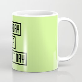 Workout Day fitness T-Shirt for all Ages Coffee Mug
