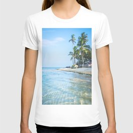 The San Blas Islands in Panama. Isla Iguana T-shirt